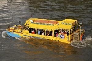 River bus by Martin Pettitt