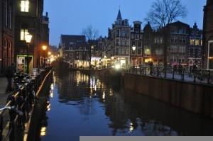 Amsterdam at dusk - Jorge Lascar