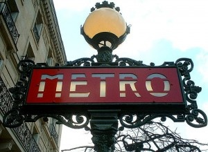 Paris metro sign by FlickrDelusions