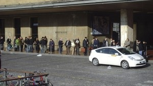 Queuing @ a Taxi Stand in Florence by Brenda Annerl