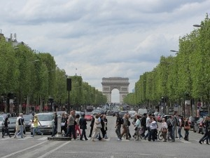 Champs-Élysées by Spiterman