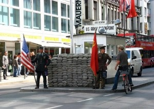 Checkpoint Charlie by niOS