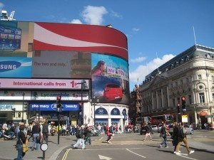 Piccadilly Circus by AndyRobertsPhotos
