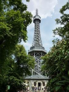 Petrín tower by chilangoco