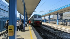 Pisa airport train by David Jones