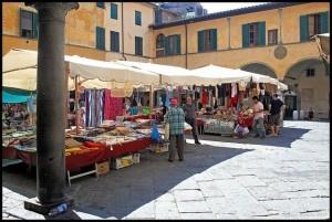 Market in Pisa_M. Bertulat